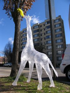 Mark Jenkins, Tape Giraffe, Washington, DC, 2005, Image: Mark Jenkins